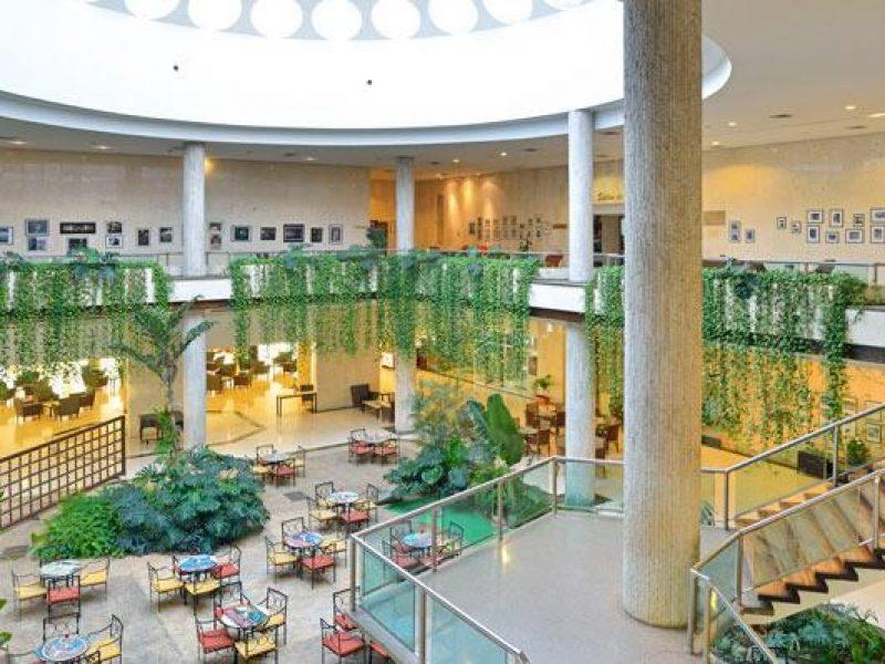 07tryphabanalibre-lobby