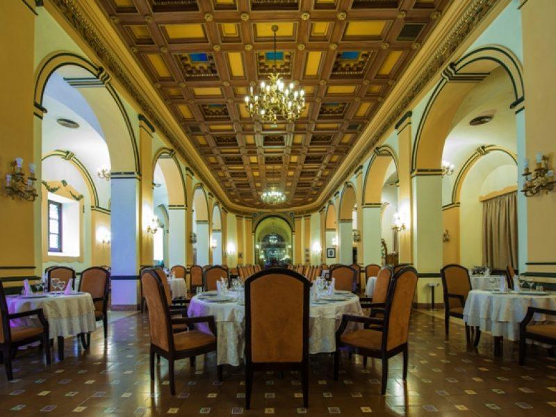 Nacional-restaurant