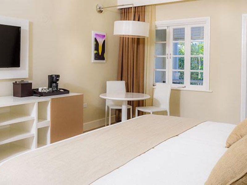 melia-bracovillage-premiumbeachfrontroom