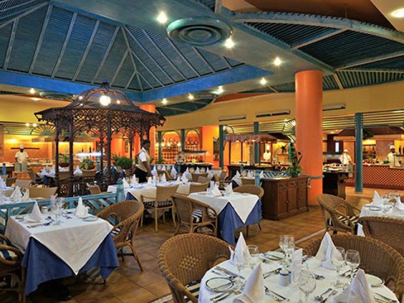 melia-santiagodecuba-restaurants-la-casona-1032