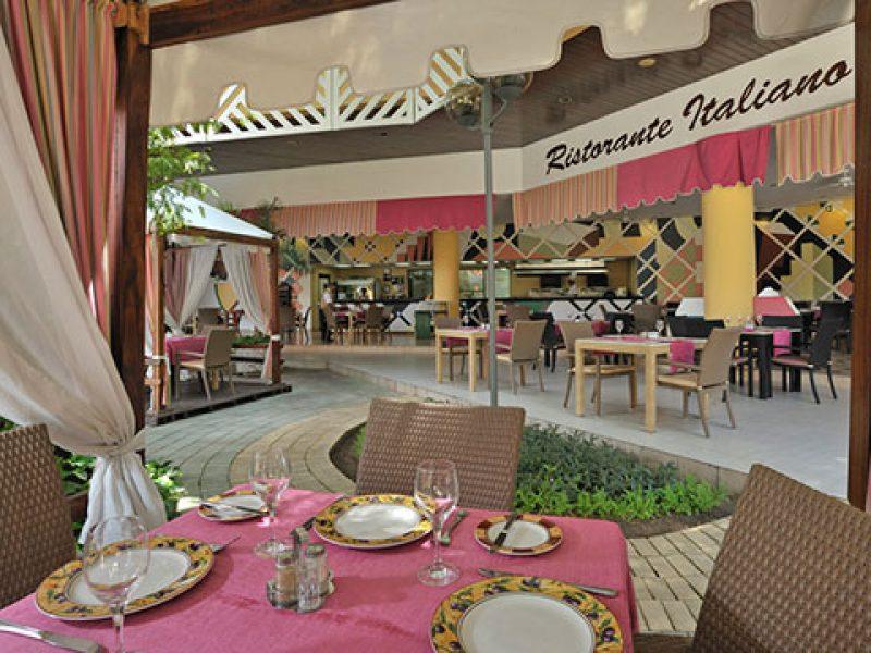 melia-santiagodecuba-restaurants-la-fontana-1034