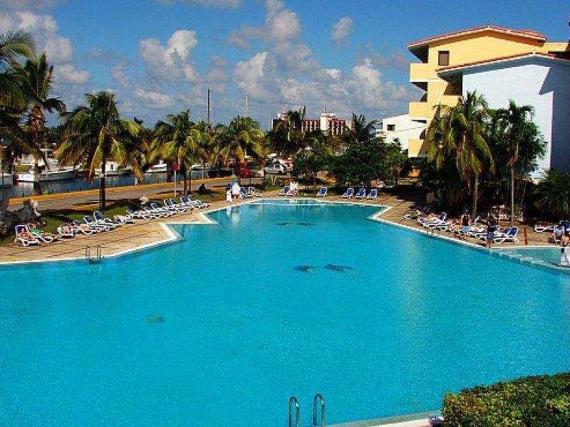 06_acuario_piscina2