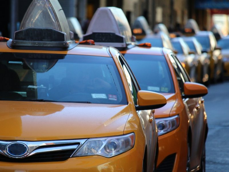 Kiwi Taxi -Airport Transfers